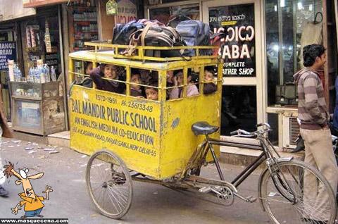 autocarro escolar na india