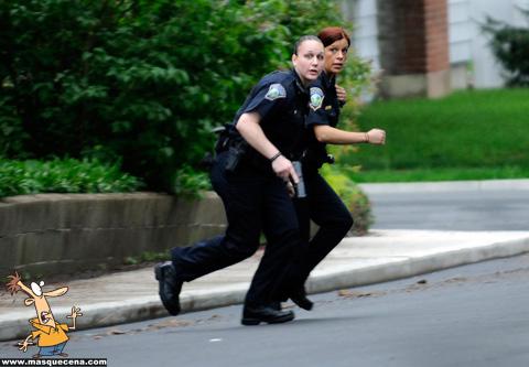 Polícia fugindo