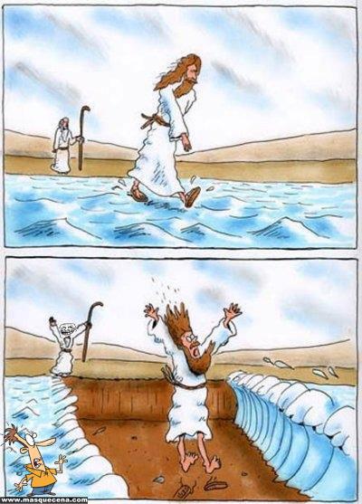Moisés a separar as águas enquanto Jesus caminhava por cima delas