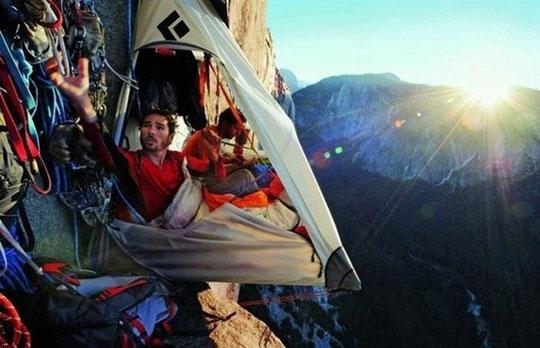 Alpinistas a descansar