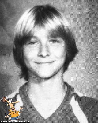 Young Kurt Cobain yearbook before he was famous picture